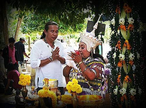 Kroo Mor Nang Kwak Manora